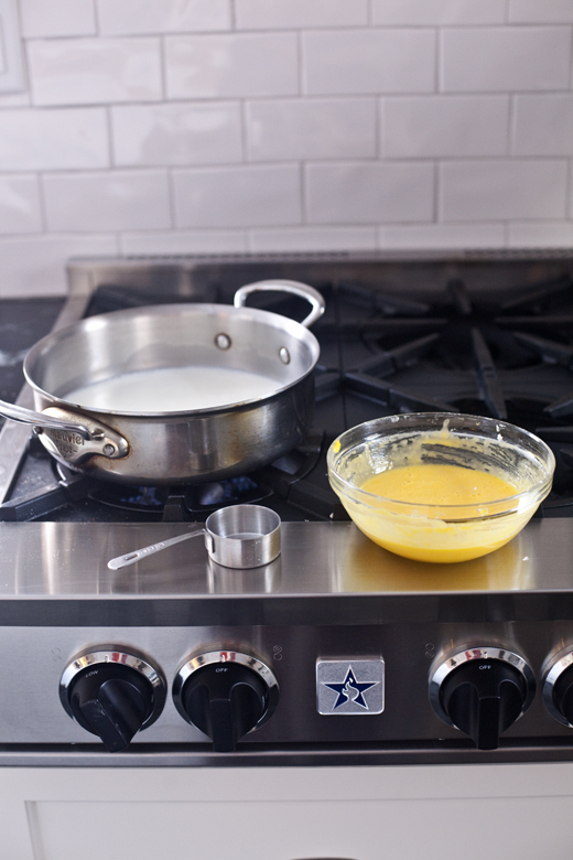 Crèmepâtissière | How to Make Eclairs | Photo by Zoë François