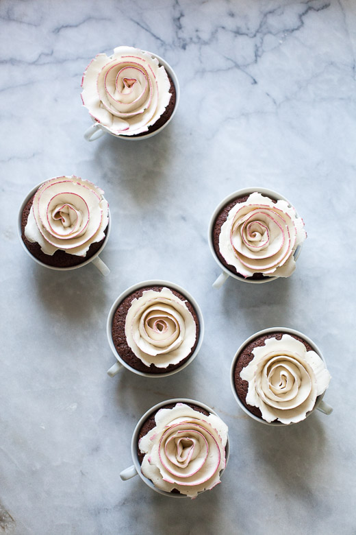 Tea Cup Rose Cakes | ZoeBakes (5 of 21)