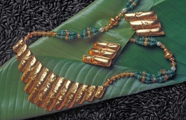 22k Gold Bamboo Necklace: Symbolic Art Jewelry—Gold Bamboo