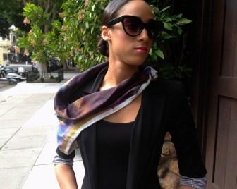 purple scarf model 3 ws