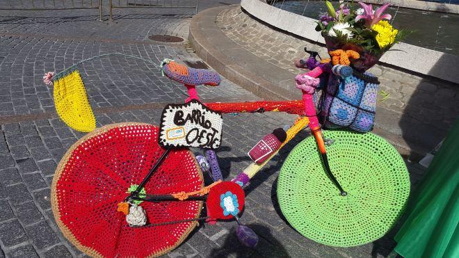 La bicicleta forrada de punto, uno de los símbolos del Barrio