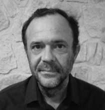 """Photo of Iván Robledo: """"Escribo para ahorrar en psiquiatras"""""""