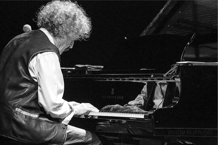 Fernando Viñals al piano