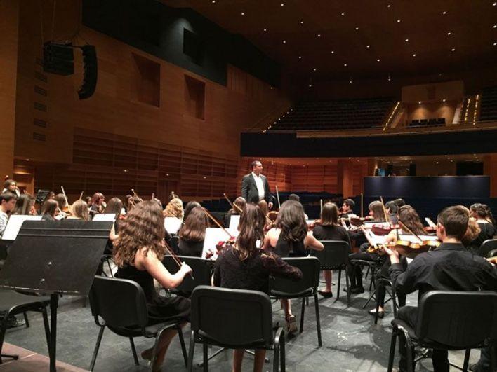 Prueba acústica con orquesta del Conservatorio Profesional en el CAEM, Salamanca. Mayo 2015