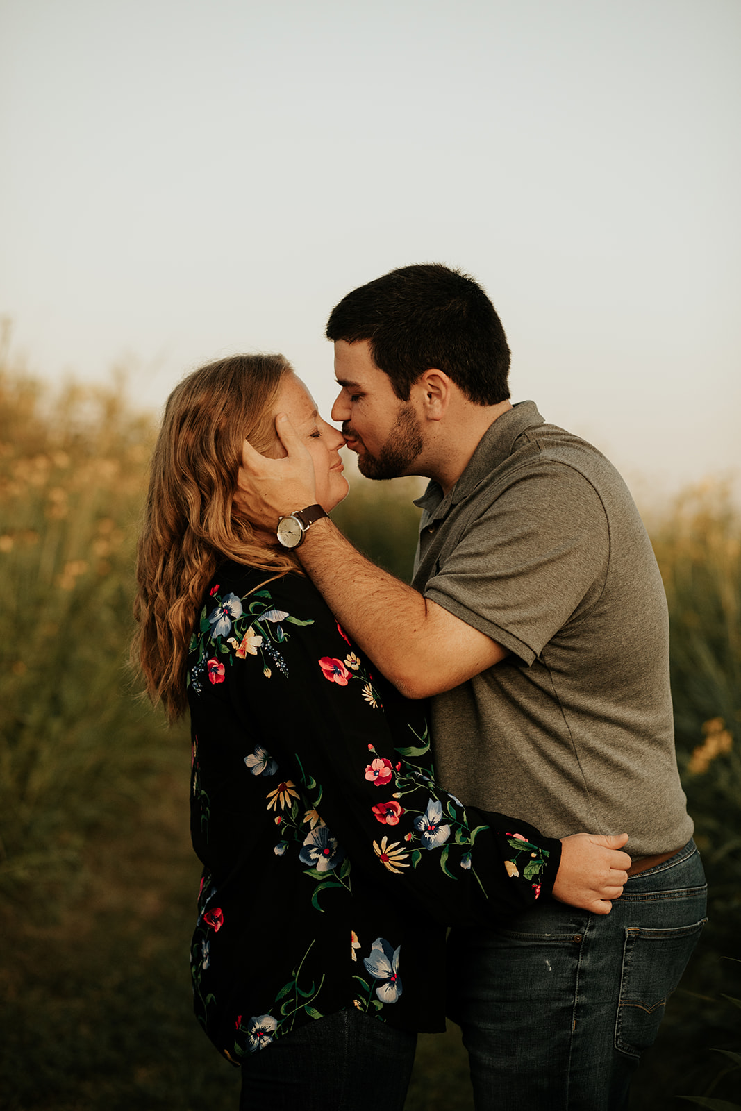 eastern iowa sunset engagement