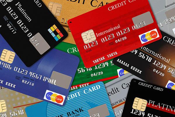 オンラインカジノ用のクレジットカードを作成