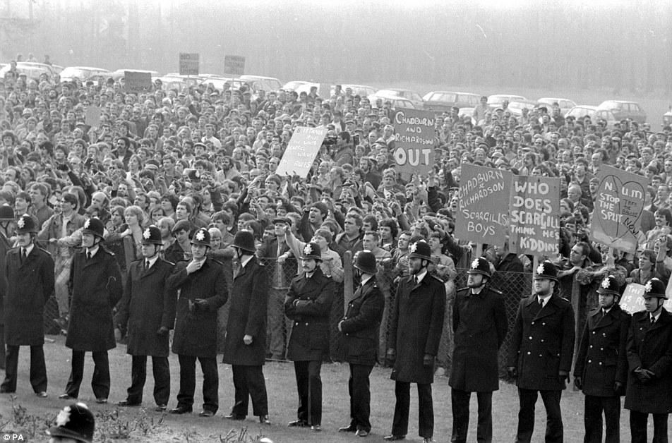 היום לפני 49 שנים שביתות ענק של כורי פחם באנגליה הורידו את הממשלה השמרנית על הברכיים