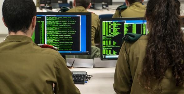 """ח""""כ כסיף בעקבות מותו של קצין המודיעין: האם היינו כחונטות צבאיות באמריקה הלטינית?"""