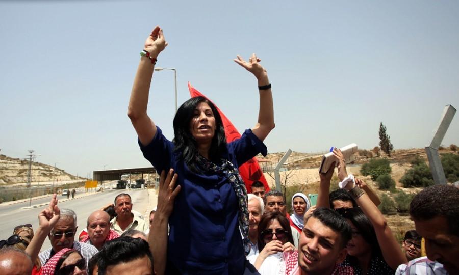לאחר שנתיים מאסר: שוחררה חברת הפרלמנט הפלסטיני חאלדה ג'ראר