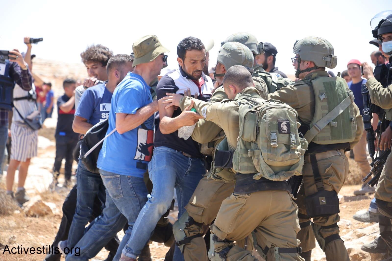 דרום הר חברון: כיבוש, הברחות נשק ופשע מאורגן