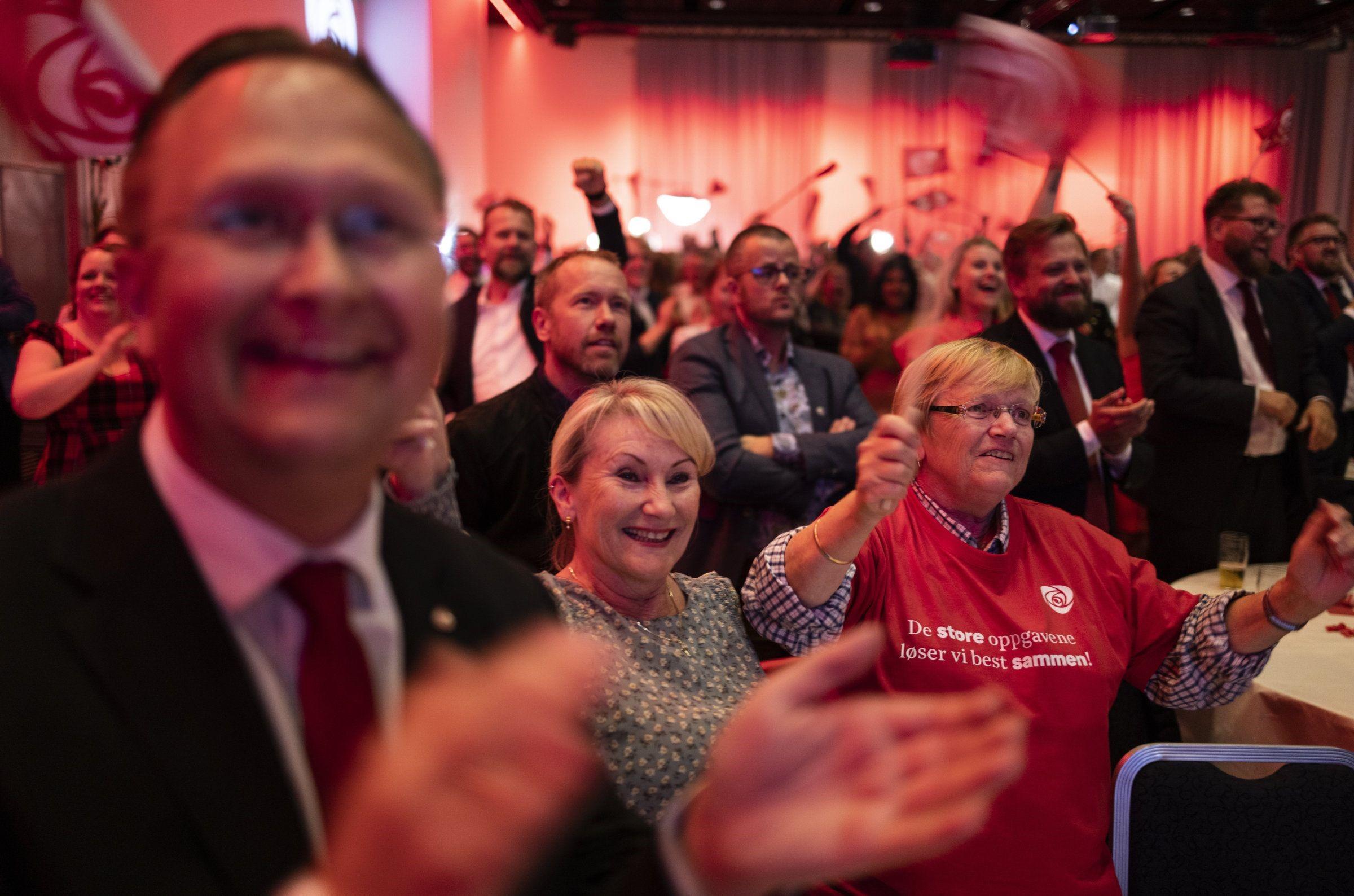מהפך בבחירות בנורבגיה: הסוציאל-דמוקרטים שבים לשלטון; האדומים הכפילו את כוחם