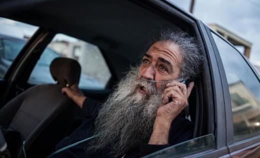 Ο ιερέας που έγινε σύμβολο UNHCR/Socrates Baltagiannis