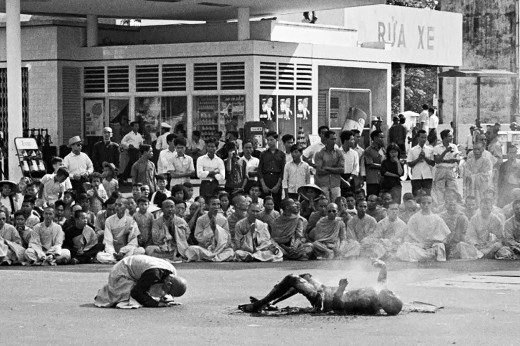 Thích Quảng Đức 自焚而死的越南僧人釋廣德 | mysophobia 潔癖