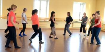 Mambosteg i olika riktigningar var också del av dansen
