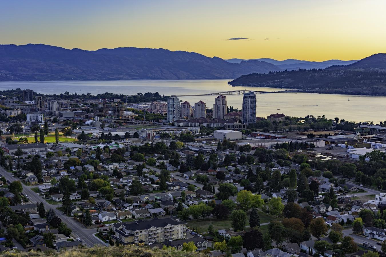 Top 10 thành phố được xếp hạng là nơi lý tưởng để làm việc tại Canada