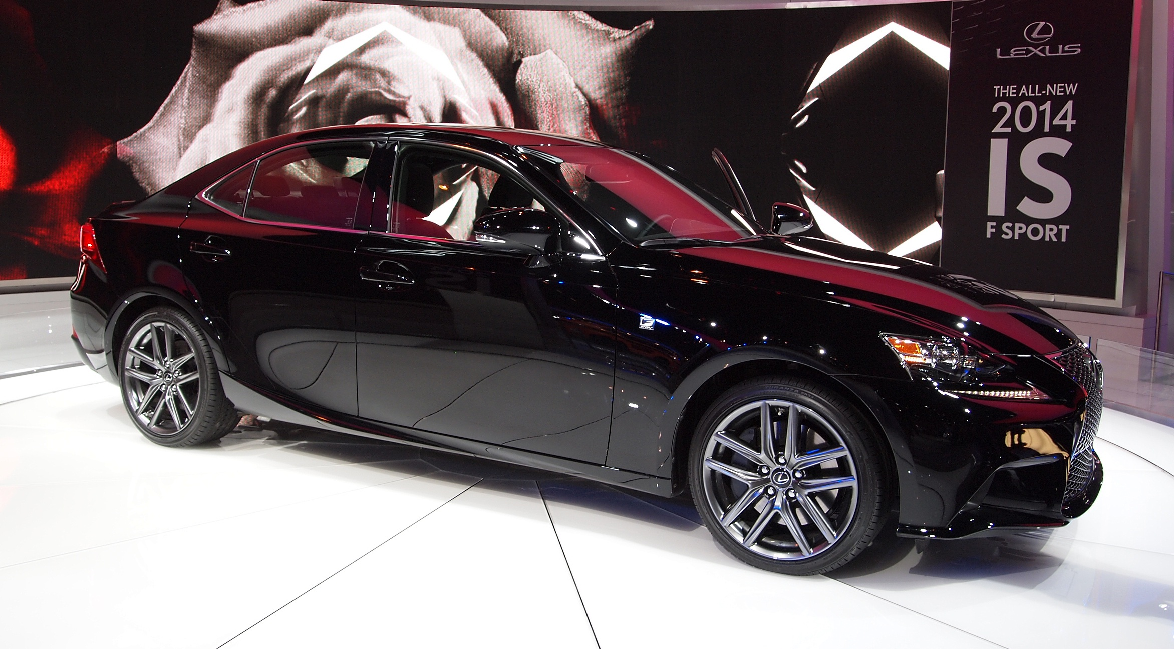 2014 Lexus IS 250 C Information and photos ZombieDrive