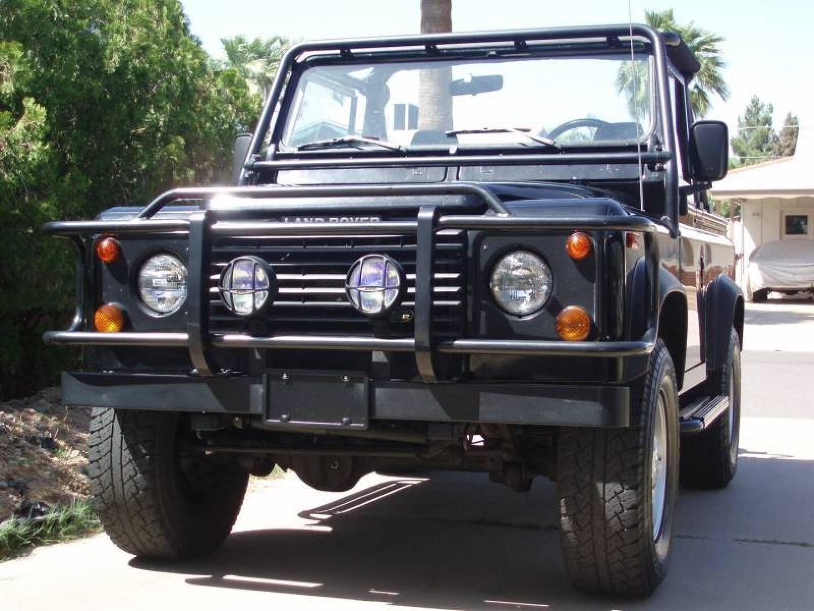 1995 Land Rover Defender Information and photos ZombieDrive