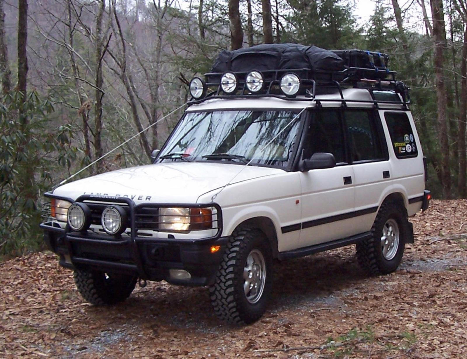 1996 Land Rover Discovery Information and photos ZombieDrive