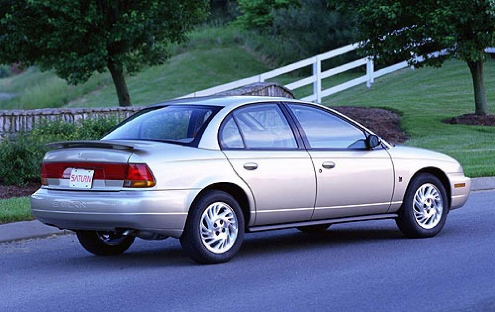 hight resolution of 2001 saturn s series 8