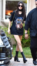 Kendall Jenner Leaves A Friends House After Filming A Scene For KUWTK in Los Angeles Pictured: Kendall Jenner Ref: SPL1165497 301015 Picture by: Photographer Group / Splash News Splash News and Pictures Los Angeles:310-821-2666 New York:212-619-2666 London:870-934-2666 photodesk@splashnews.com