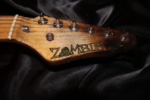 zombie-guitar-4
