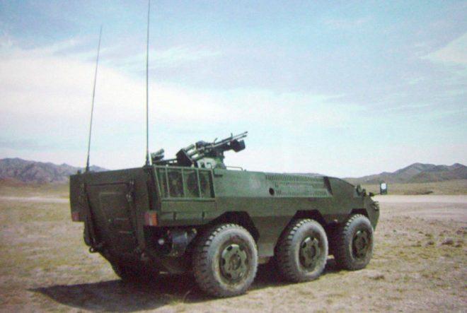 Prototipo inicial del ZBL-09. Se aprecia claramente su configuración 6x6.