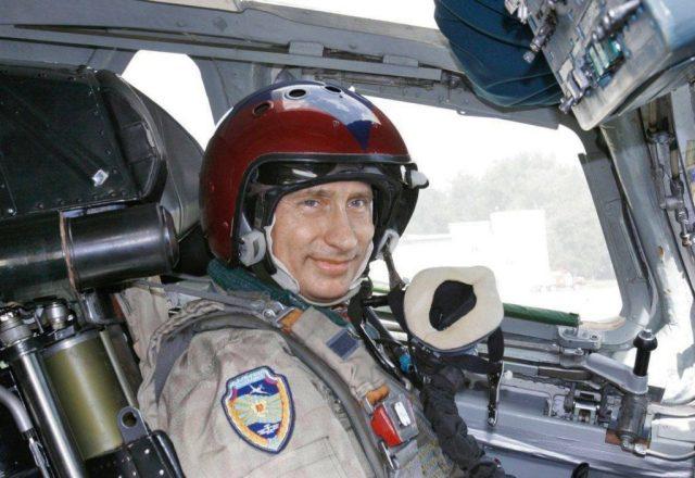 Vladimir Putin Tu-160