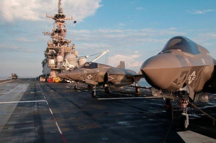 F-35B pertenecientes al VMFA-121 abordo del USS Wasp LHD-1 durante la primera etapa de OT-1. Imagen - US Navy - Chief Mass Communication Specialist Willam Tonacchio