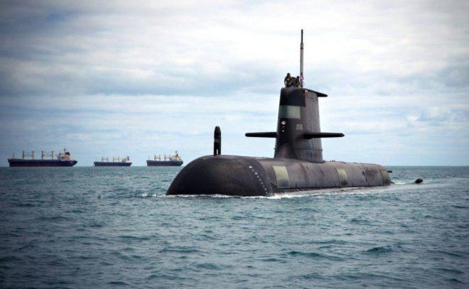Submarino de la clase Collins HMAS Sheean. La RAN inició importantes programas para fortalecerse, sobre todo en lo que respecta a su fuerza de submarinos. Imagen: ABIS Tom Gibson