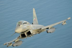 eurofighter-typhoon-storm-shadow-initial-flight-trials-2-foto-l-caliaro