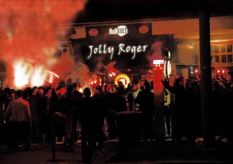 Il Jolly Roger bar - ritrovo dei tifosi