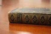 Una magnífica edición del Libro de Mormón con detalles dorados. Año desconocido.