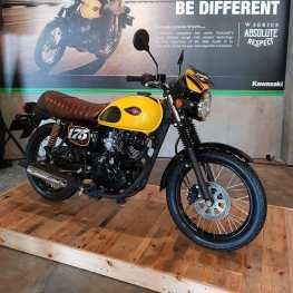 Kawasaki-W175-Cafe-Racer-2019-Merah-Kuning