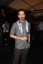 El guapo @memomartinez bien vestido (como siempre)