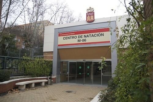 Zona retiro centro de nataci n los mundiales m 86 for Piscina 86 mundial madrid
