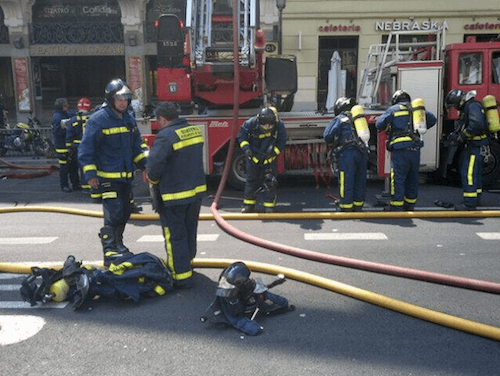 Los bomberos, tras finalizar su trabajo - Ayto