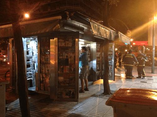 El quiosco, tras el accidente - L. Torres (Zonaretiro.com)
