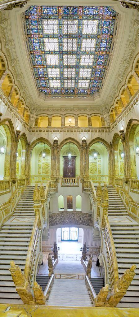 escalera-museo-naval