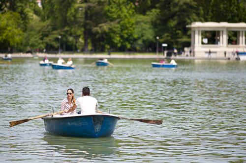 barcas estanque retiro madrid