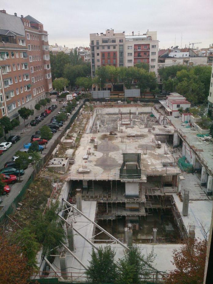 """Vista desde el estudio de diseño de www.covadongajaquete.es"""" Zonaretiro"""