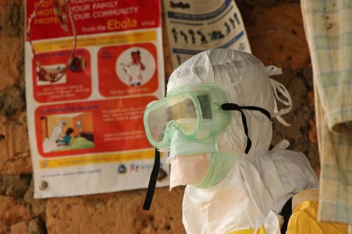 medicos-sin-fronteras-ebola-2