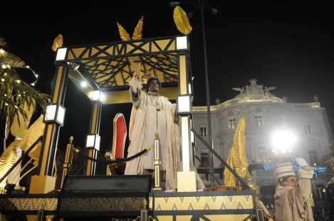 cabalgata-reyes-magos-madrid-2015-5