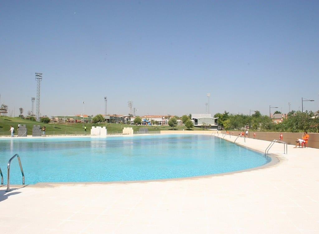 Piscina con agua salada free piscinas de agua salada de - Piscina agua salada ...