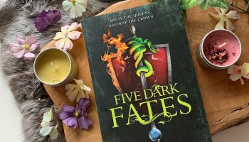 Five ​Dark Fates (Three dark crowns #4) – Kendare Blake