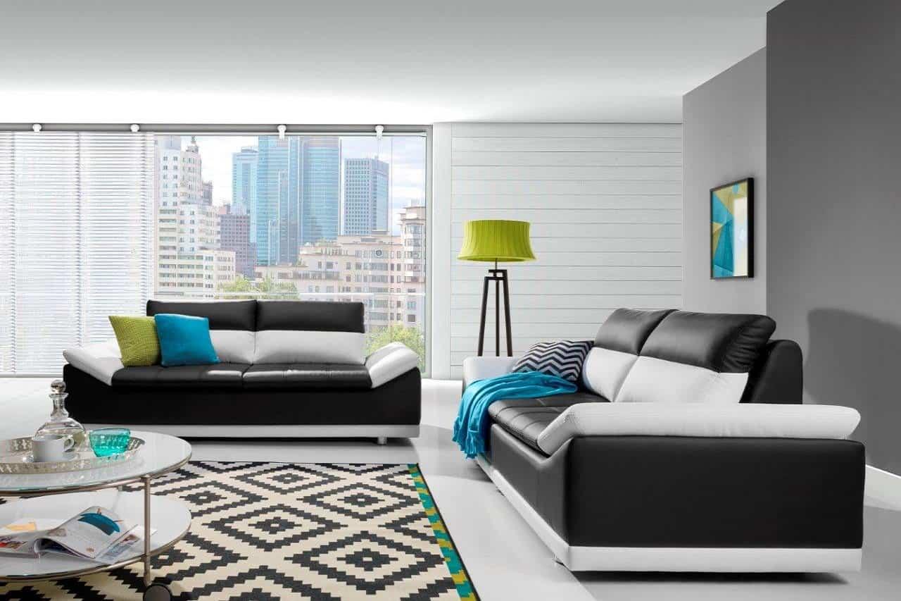 Vedbygget 3 2 Personers Sofasaet I Sort Og Hvid Farve