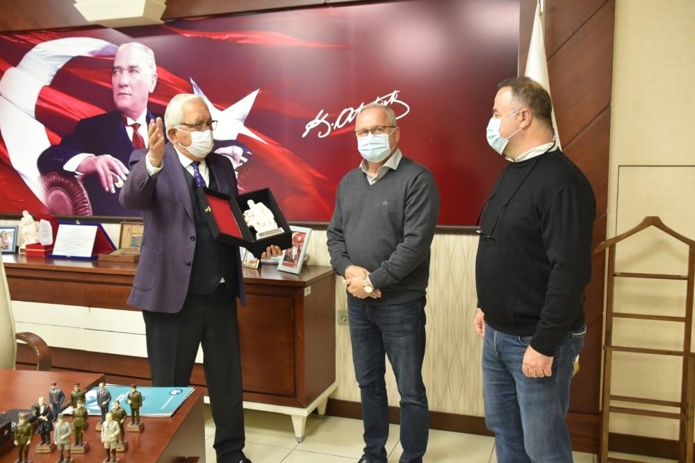 Başkan Posbıyık, yatırımcıları ağırladı