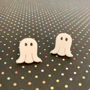 ghost acrylic stud earrings