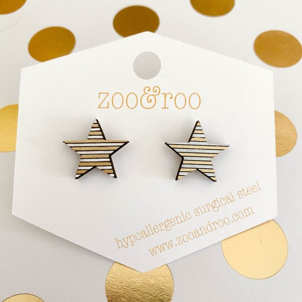 gold and white wood star earrings