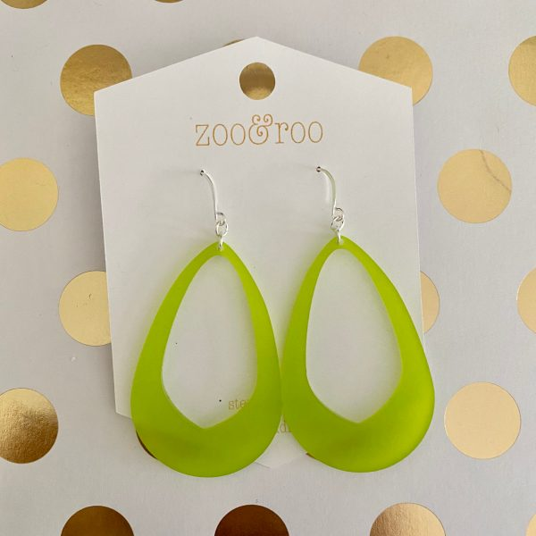 Olivia earrings frosted lime