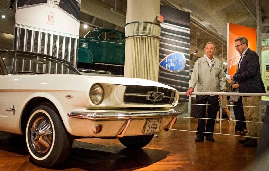 Primer Ford Mustang (1)